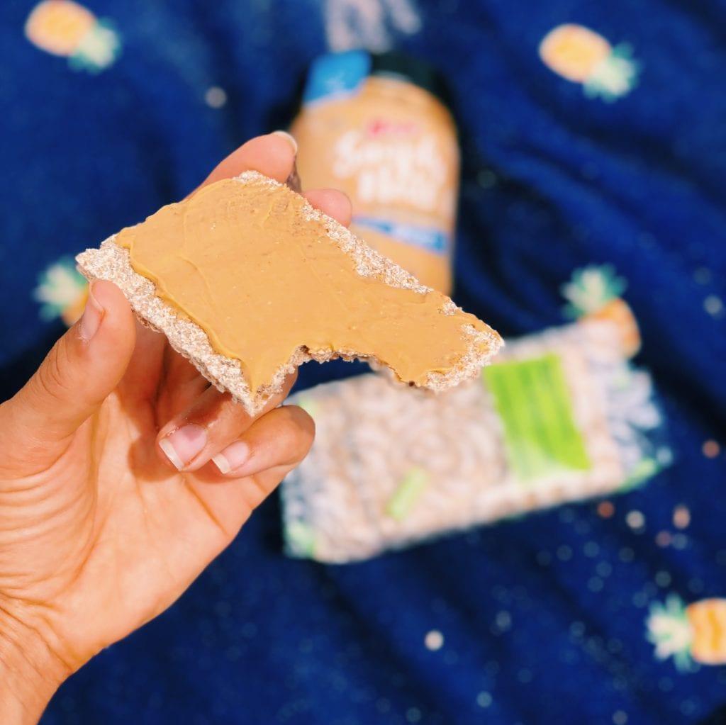 pindakaas en crackers