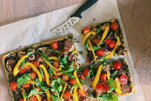 Vegetarische plaatpizza